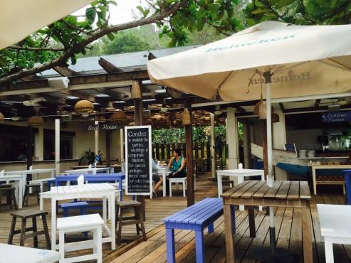 singapore sentosa coastes4