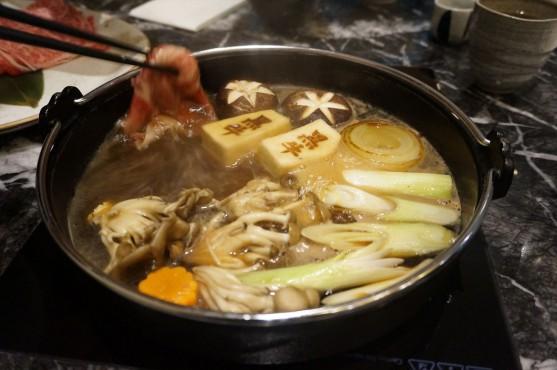 シンガポール すき焼き 黒牛