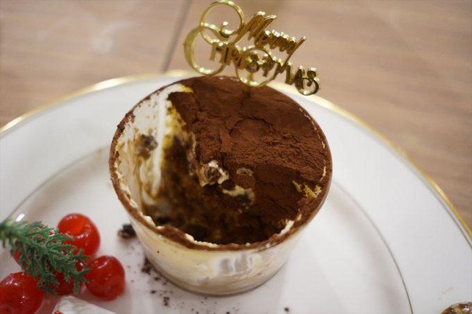 チョンバルベーカリー tiong bahru bakery ティラミス